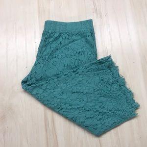 Isaac Mizrahi Live lace Capri pants size XL!